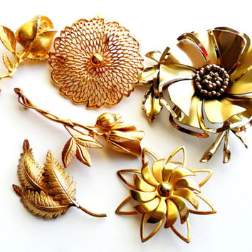 Vintage Flower Brooch Lot Instant Collection Bouquet Supplies Signed Marked Monet DFA Corocraft Rose Posey Floral Gold Silver Leaf
