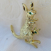 Vintage Pin of Kangaroo Mom & Baby, Articulated Moving Pin