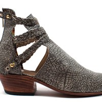 Trenza Cut-Out Boots