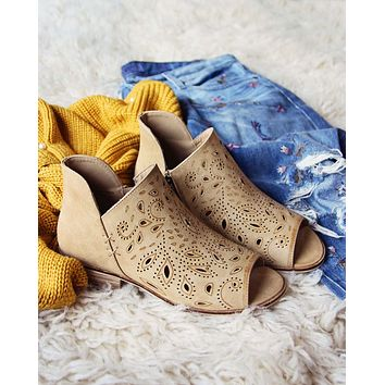 Nash Lace Booties in Camel