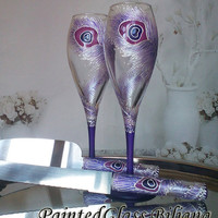 Wedding Glasses Peacock feather Champagne Flutes Hand Painted Set of 2 Peacock theme wedding in Purple and Pearly white color Cake set
