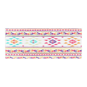 "Nika Martinez ""Aylen"" Tribal Bed Runner"