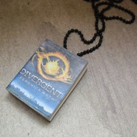 Divergent book necklace