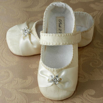 Baby Girl Shoe Caroline Wedding Flower Girl by pink2blue on Etsy