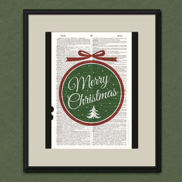 Merry Christmas Medallion Vintage Dictionary Art Print Holiday Home Decor Upcycled Retro Holiday Decor Vintage Christmas Party Decoration