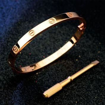 One-nice? Cartier Woman Fashion LOVE Plated Bracelet Jewelry