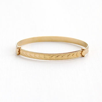 Vintage 14k Yellow Gold Filled Child's Bracelet - Mid-Century 1940s 1950s Small Bangle Heart Motif Jewelry