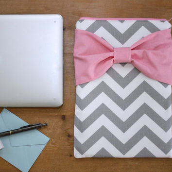 MacBook Pro / Air Case, Laptop Sleeve - Gray and White Chevron Medium Pink Bow - Double Padded - Sized to Fit Any Brand