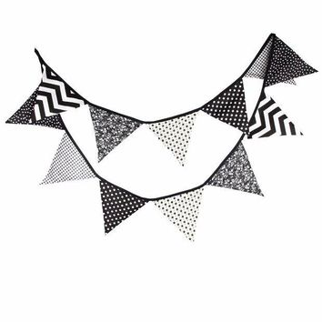 CREYONHS 12 Flags 3.2m Handmade Halloween Black White Fabric Bunting Pennant Flags Banner Garland Home Party DIY Decorative Crafts