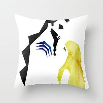 Game Of Thrones   Drogo & Dany Throw Pillow By Lapinette | Society6