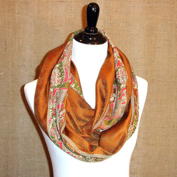 Camel Brown Infinity Scarf: Indian Sari Scarf, Caramel Sari Border Eternity Scarf, Circle Scarf, Chunky Saree Scarf, India