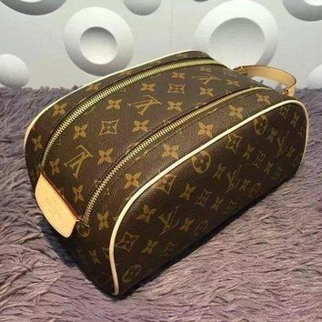 Louis Vuitton Fashion Handbag Tote Cosmetic Bag Makeup Bag