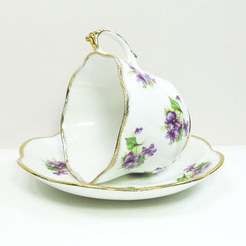 Salisbury bone china tea cup teacup saucer with purple flowers - Made in England