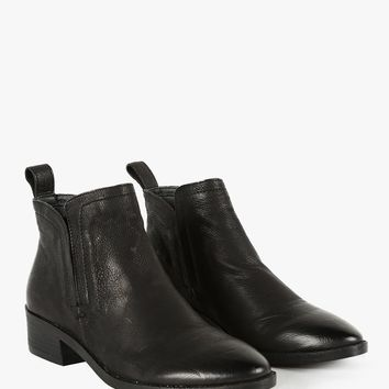 Tessey Ankle Boots