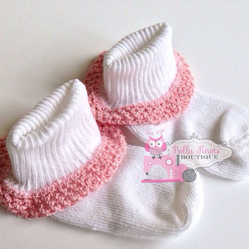 Crochet lace baby socks size 6-12 months