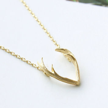 2016 New Fashion Deer Horn Antler Necklace Unique Animal Necklaces Minimalist Jewelry for Women Tiny Cute Pendant Necklace -N056