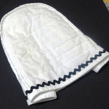 Vintage 1980s Quilted White Kitchen Appliance Cover with Black Rick-Rack Trim