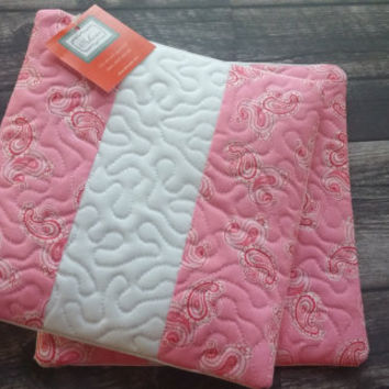 Quilted Hot Pads - Set of 2!  Pink and white trivet, hot pad, kitchen decor, tableware, table linen, Valentine's Day, Valentine