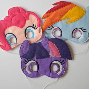 READY TO SHIP Pony Inspired Pretend Mask, Felt Pony Mask, Pony Party Favors, Rainbow Pony Mask, Pretend Play, Imagination Toys