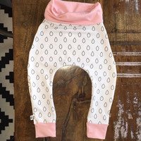 Baby harem leggings. Raindrops on white, with choice of color.