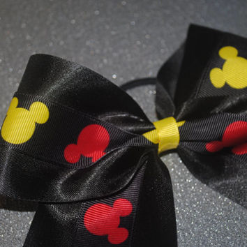 Disney inspired cheer bow!