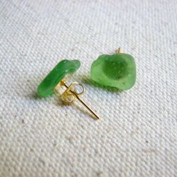 Gold Sea Glass Earrings, Green Beach Glass Stud Earring, Minimalist Seaglass Jewelry, Boho Unisex Mens Earrings