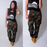 Vintage 80s 1990s authentic high waist military army camo cargo pants trousers SMALL Short