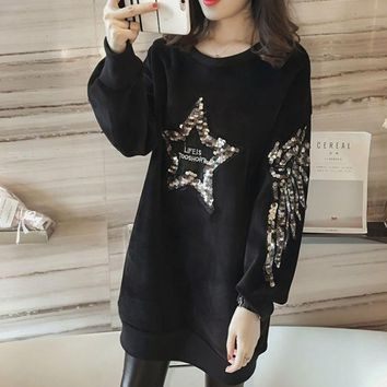 Women's Five Pointed Star Sequined Long Sleeved Sweater