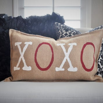 SALE, XOXO pillow cover, Valentines Pillow Cover, Love Pillow Cover, Valentines Decoration, Wedding Pillow, 14x22