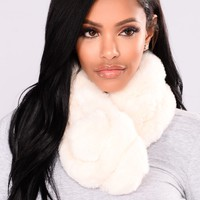 Fluff It Up Wrap Fur Scarf - Ivory
