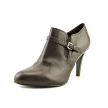 Nine West Melroseo Women Leather Bootie ~ Brown Leather