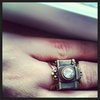 CAPTURE the moment camera RING adjustable silver antique bronze photographer gift