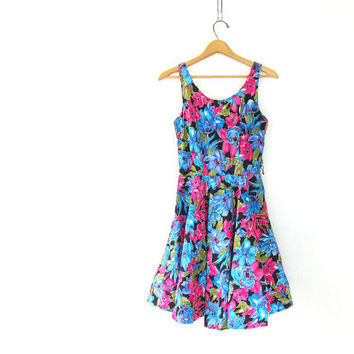 vintage floral dress. sleeveless mini dress. 80s party dress. sweetheart dress. princess dress. ruffled skirt dress.