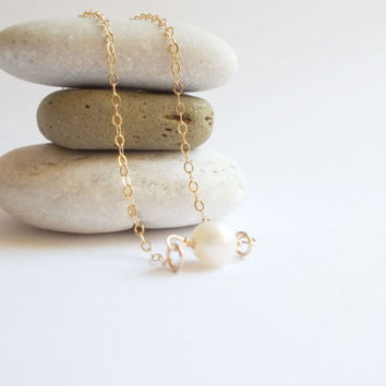 Dainty Pearl necklace, small pearl necklace, Gift for her, pearl necklace, Gold filled, dainty pearl necklace