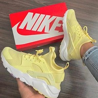 NIKE AIR HUARACHE Yellow High Tops Wallace 2 Generation Men and Women Leisure Sports shoes