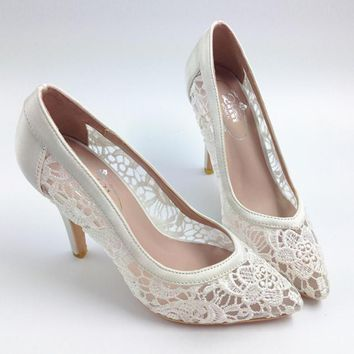 2016 Women Cutout Satin Fabric High Heels Sexy Lace Wedding Shoes Shallow Mouth Pointe