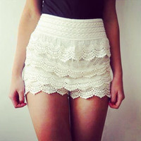 Fashion Lace Hollow Shorts