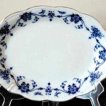 Blue and White 11 inch Platter, Flow Blue Linden Pattern, Blue and White China, Vintage 1920's, Kitchen Dining Serving, Wall Decor