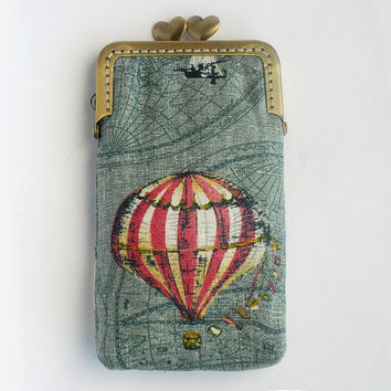 iPhone sleeve Hot Air Balloon Iphone case blue  ( iPhone 5, Samsung Galaxy s3 Size available)