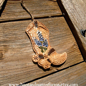 Small Bluebonnet Prairie Cowboy Boot / Rustic Famhouse Cowboy Boot Decor / Ranch Style Christmas Cowboy Boot Christmas Ornament / Gift / Art