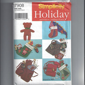 Simplicity 7908 Pattern for Christmas Stockings, Bear, Scarf, Hat, Apron, Shorts, Headband, Design by Teri, From 1997, FACTORY Folded, UNCUT