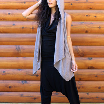 Japa Hooded Vest