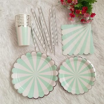 Popular Stripe Paper Plate Cup Napkin Straw for Birthday Baby Shower Bridal Shower Party