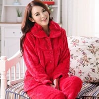 Thick warm winter pajamas women flannel pajamas female long-sleeved free home delivery