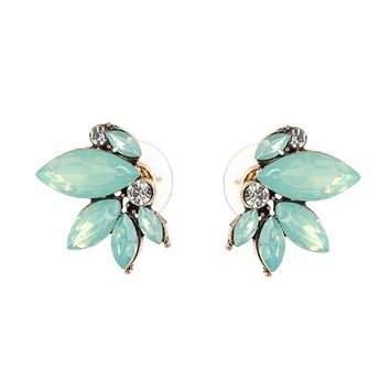 *Online Exclusive* Small Wing Symmetric Crystal Earrings
