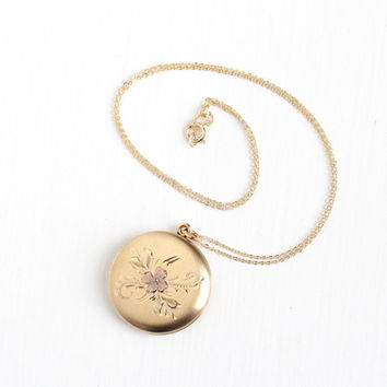 Vintage Gold Filled Round Flower Locket Necklace - 1950s Mid Century Floral Etched Rose Tone Pendant Picture Photograph Jewelry