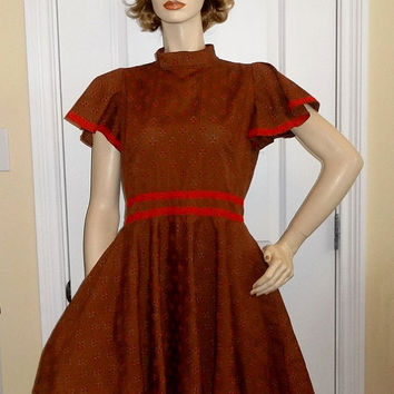1970s Vintage Home Sewn Square Dance Dress in Brown Seersucker, Red Lace Trim, Size 12-14, Cap Sleeve, Vintage Square Dance Costume Dress
