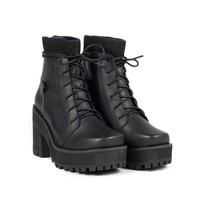 UNIF | REVERB BOOT