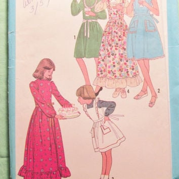 Sale Uncut 1970's Simplicity Sewing Pattern, 8288! Size 7 Girls/Prairie Dresses/Pinafore Dress/Sun Dress/Long Sleeve Historical Style Dress