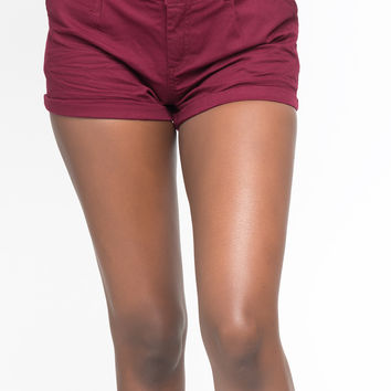 BELTED SHORTS WITH ROLLED HEM